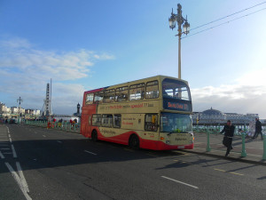 A 77 bus on Brighton seafront by Matt Davis on Flickr