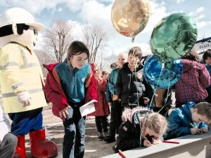 Bilingual Primary School children, staff and supporters at Hove Park site 20150327-2