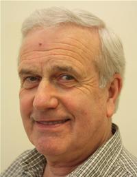 Councillor Les Hamilton