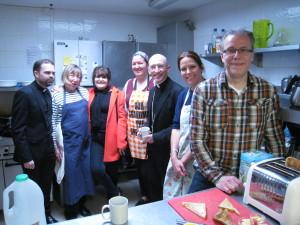 Revd Mark Lyon, Rt Revd Martin Warner, churchwardens Shirley Steers and Andrew Peel with the cooks.