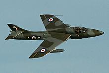 Hawker_Hunter_T7_'WV372_-_R'_(G-BXFI)_(12863569924)