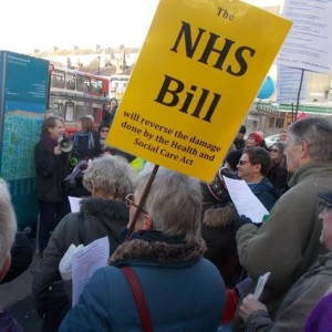 Caroline Lucas NHS Bill send-off 20160311-1