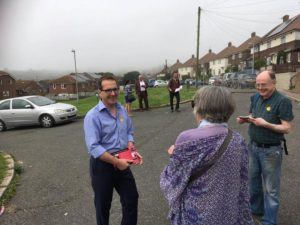 Owen Smith canvasses in the East Brighton by-election 20160723-1