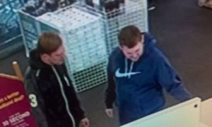 20161110-sxp-20161104-0683-thefts-currys-brighton-ls