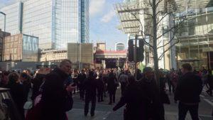London Bridge evacuation by Jamie Fawcett on Twitter