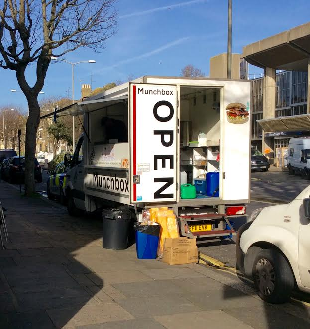 8d87cce9a5 Brighton and Hove News » Burger van on double yellow lines opposite ...