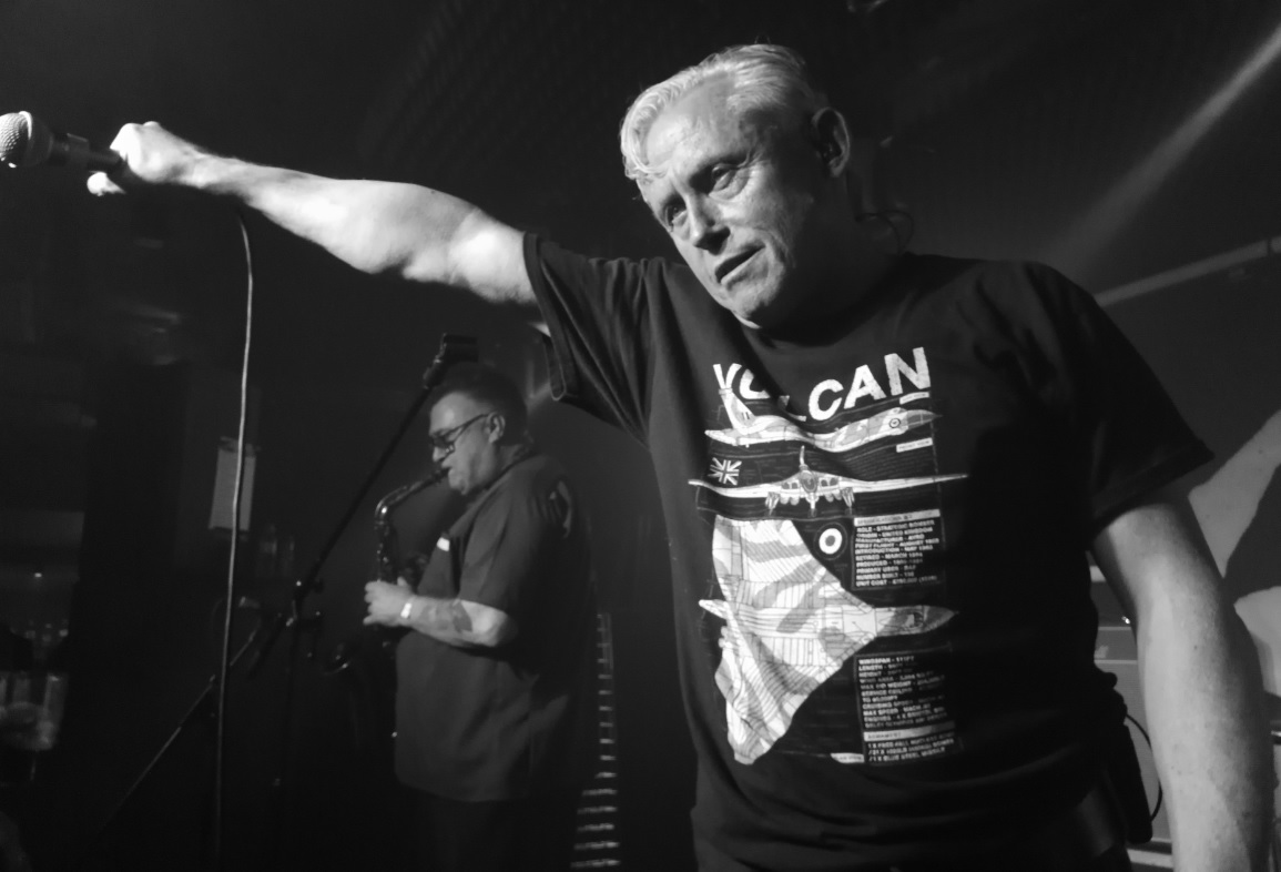 Theatre Of Hate /'Live In Leeds He Who Dare Wins/' White T Shirt all sizes